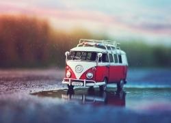 مسافر زمان